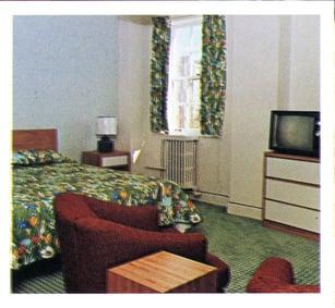 Hotel Saranac 1970 Guestroom