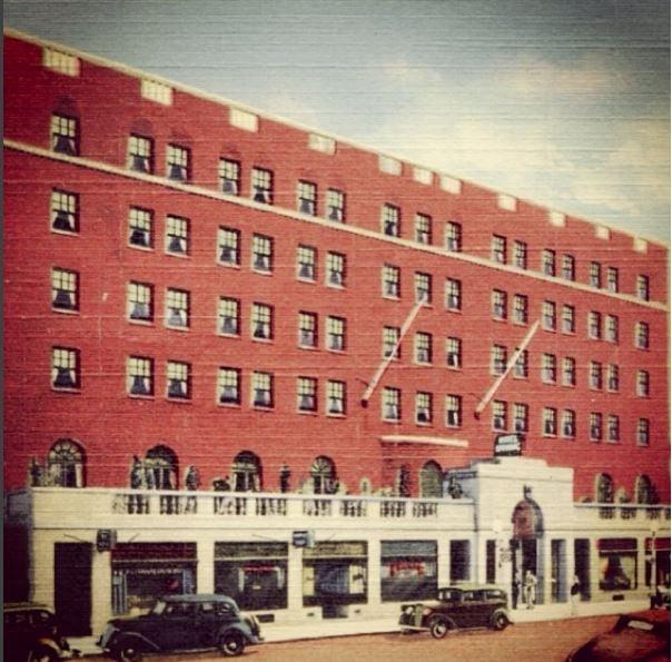 Vintage Hotel Saranac