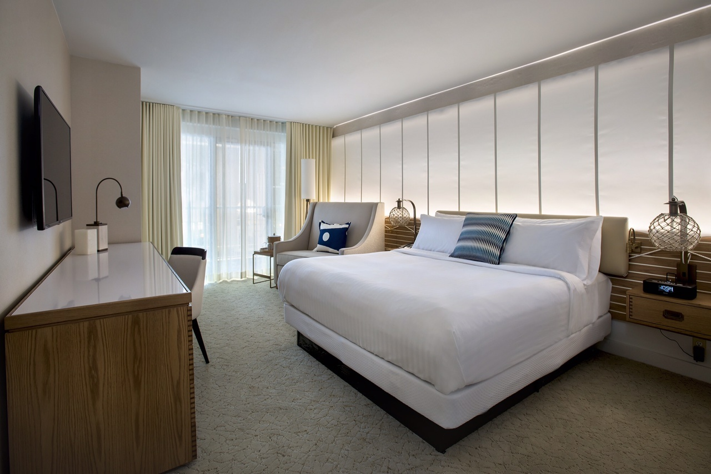 Marriott Newport RI King1LR.jpg